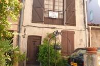 Roquebrune SA, Byhus